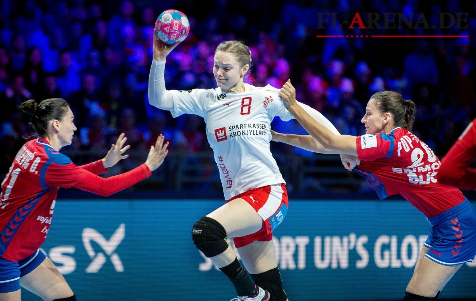 8a6030d97ab Anne Mette Hansen og de danske håndboldkvinder fandt ikke melodien i kampen  mod Serbien. Foto: Liselotte Sabroe, Scanpix
